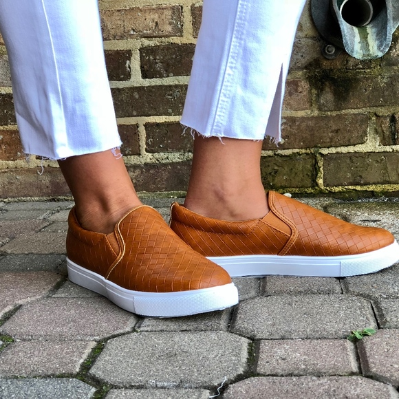 Pierre Dumas Shoes | Traveler Sneaker